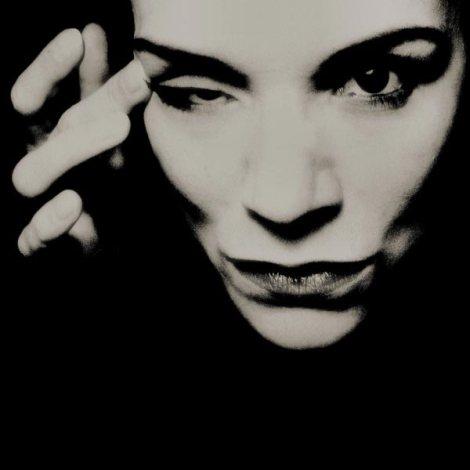 Dark-Portrait-Photography-by-Annett-Turki